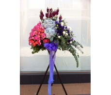 BK1 LARGE OPENING BASKET WITH ROSES HYDRANGEAS & MIXING FLOWERS