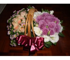 BK15 20 PCS YELLOW & PINK ROSES BASKET
