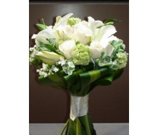 B13 LILIES WITH ROSES BRIDAL BOUQUET