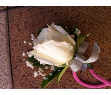 CO10 CHAMPAGNE ROSES HAND FLOWER
