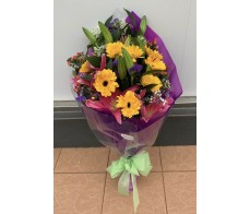 F36 TIGER LILIES WITH YELLOW GERBERAS AND MATCHING FLOWERS BOUQUET