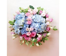 T11 PINK ROSES WITH BLUE HYDRANGEA TABLE FLOWER