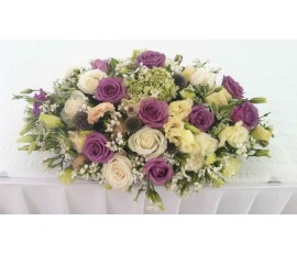 T20 WHITE & PURPLE ROSES OVAL TABLE FLOWER