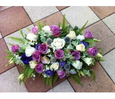 T23 WHITE & PURPLE ROSES WITH MATCHING GREENERIES