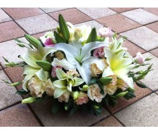 T34 WHITE LILIES WITH MATCHING FLOWERS IN OVAL SHAPE